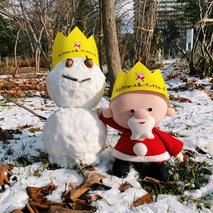 サンタさんの雪遊び♪